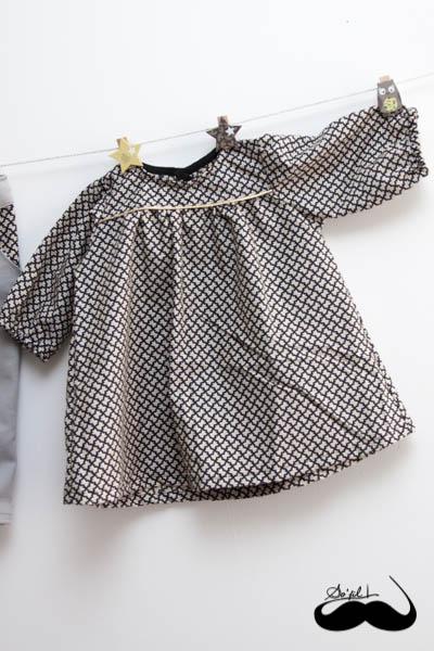 Un jeans et sa blouse assortie pour Mathilde sofilcreations 07